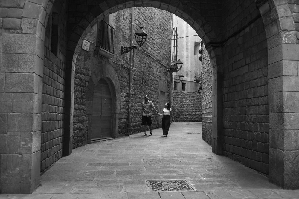 FLYTOGRAPHER | Barcelona Honeymoon Photographer - 7