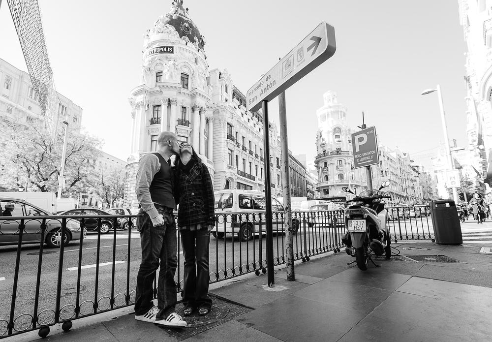 FLYTOGRAPHER | MADRID HONEYMOON PHOTOGRAPHER - 12