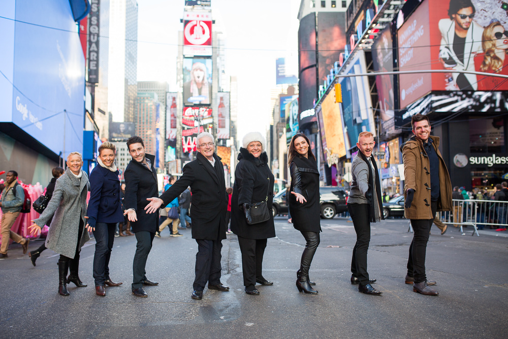 The Donnelly Family is well-rehearsedin the Art of the Broadway show pose!