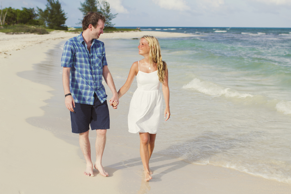 Britt & Aaron on their Flytographer shoot at the Grand Coral Beach Club
