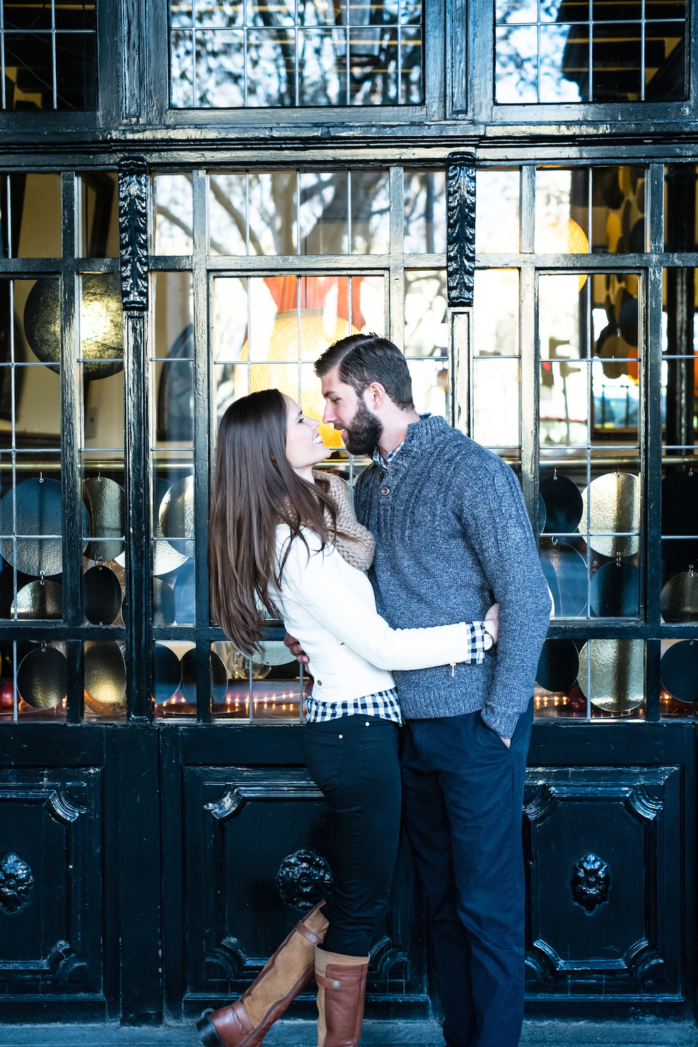 flytographer-couple-barcelona-engagement