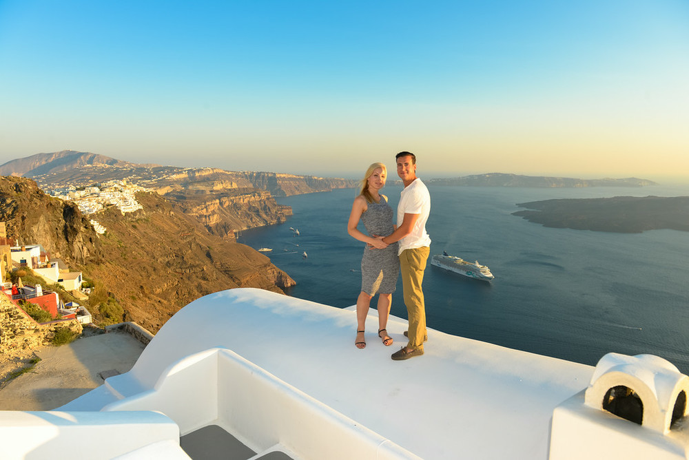 flytographer-santorini-love-honeymoon