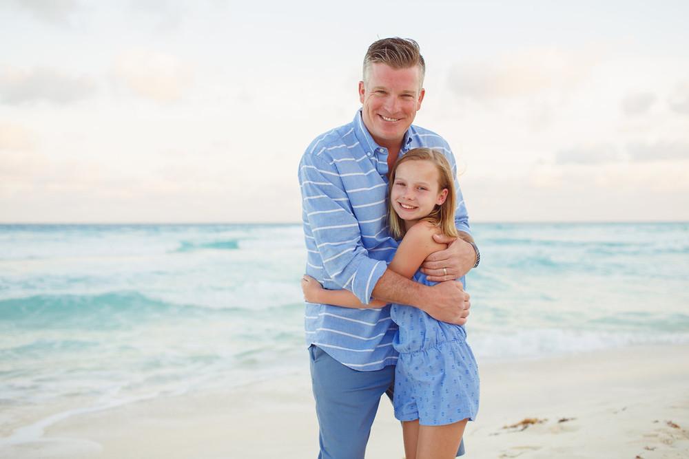 flytographer-family-cancun-beach