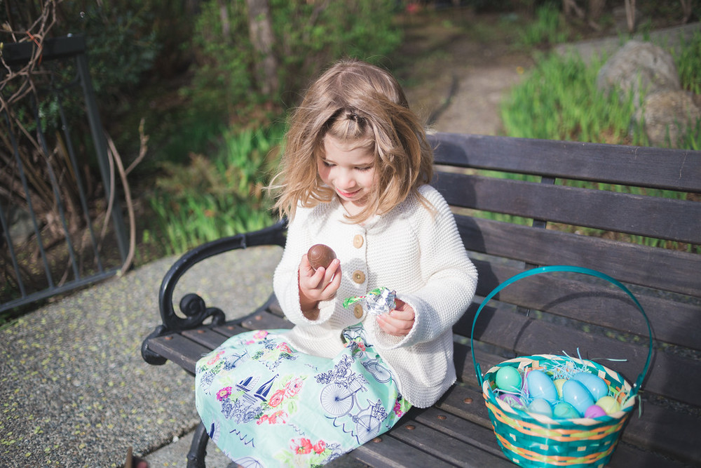 flytographer-kids-easter egg hunt-fairmont empress-victoria