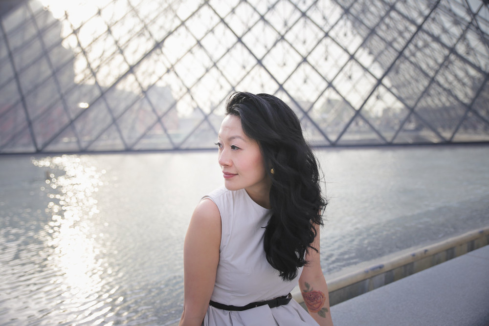 flytographer-paris-solo-fashion-louvre