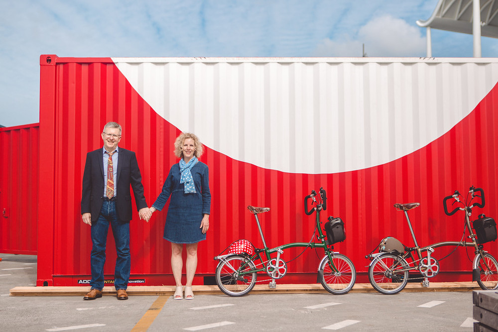 flytographer-couple-auckland-bicycle
