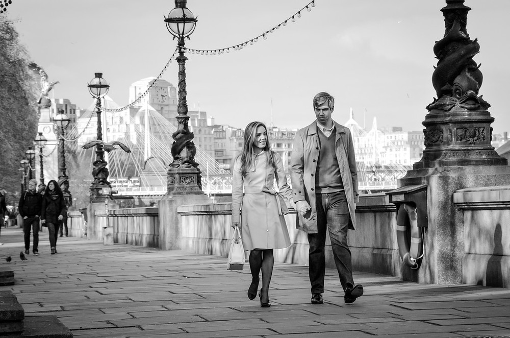 flytographer-london-honeymoon-love