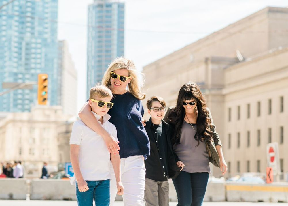 FLYTOGRAPHER: Vacation Photographer in Toronto - Tracey
