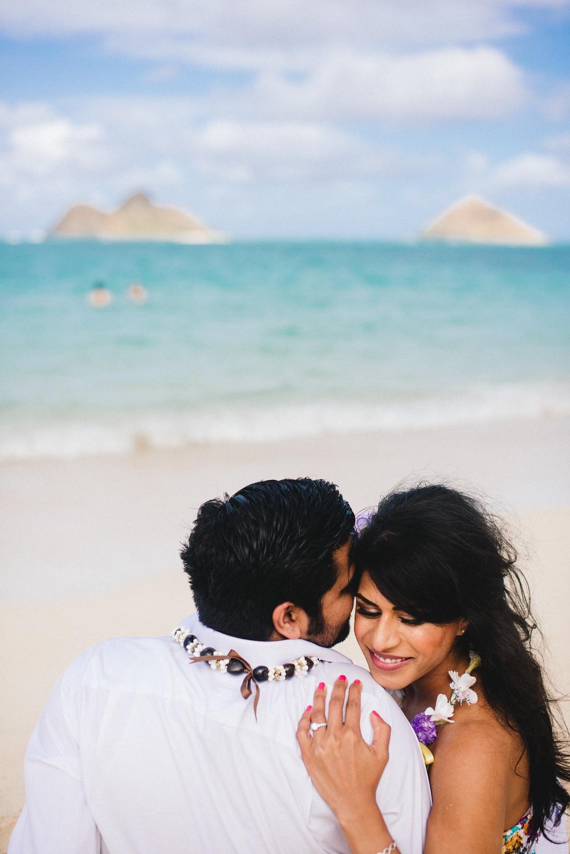 flytographer-proposal-couples-love-honolulu-beach-hawaii