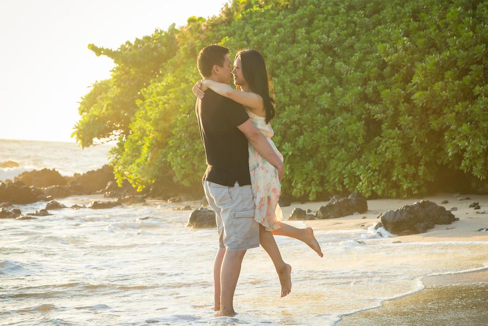FLYTOGRAPHER   Maui Vacation Photographer - Erin