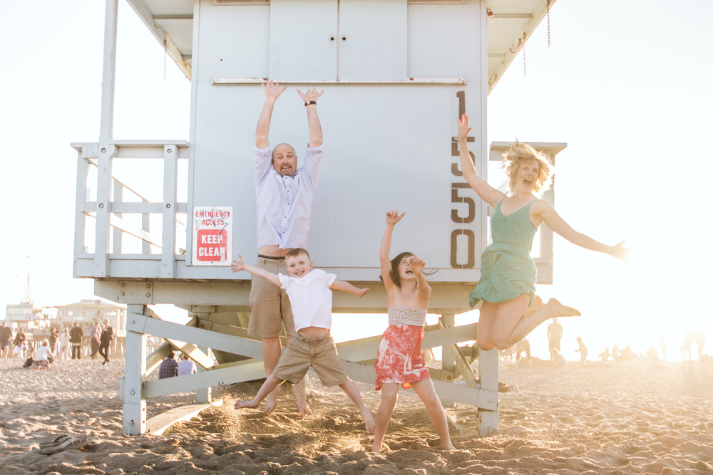 Beach Fun at the Santa Monica Pier! Flytographer: Katie in Santa Monica