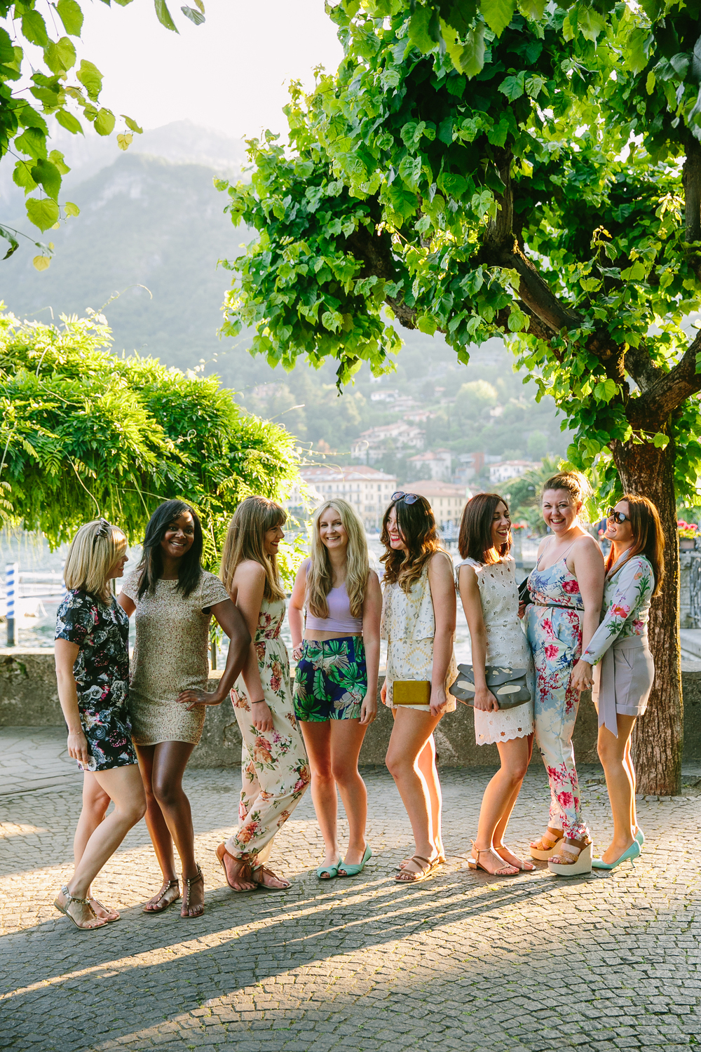 flytographer-girls weekend-bachelorette-weekend getaway-lake como-italy