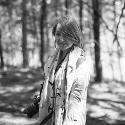 Your Vacation Photographer in Berlin: Meet Catalina