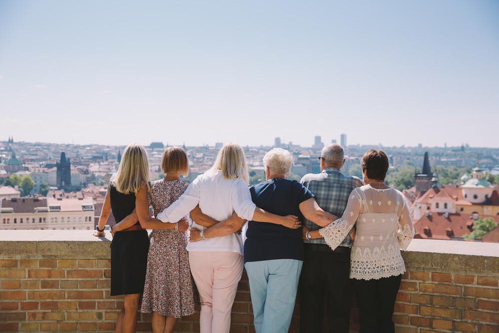 family overlooking Prague