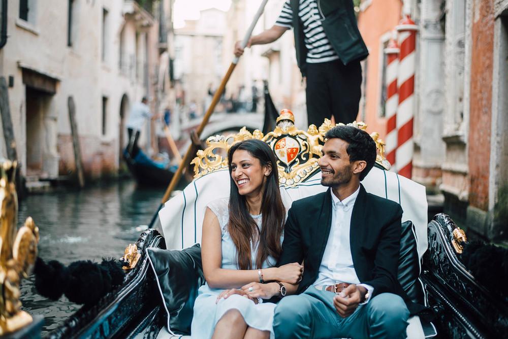 surprise proposal on Venice Gondola