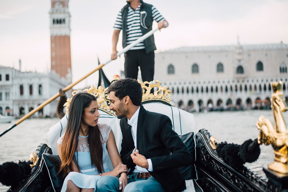 Surprise proposal on Gondola