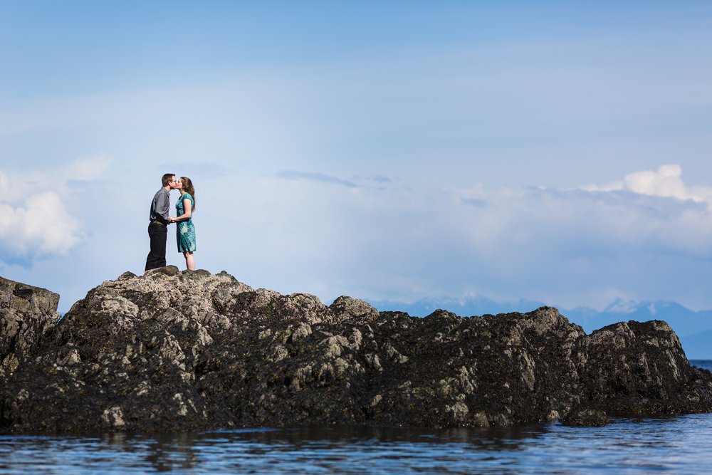 Flytographer Vacation Photographer in Tofino & Ucluelet - Melody