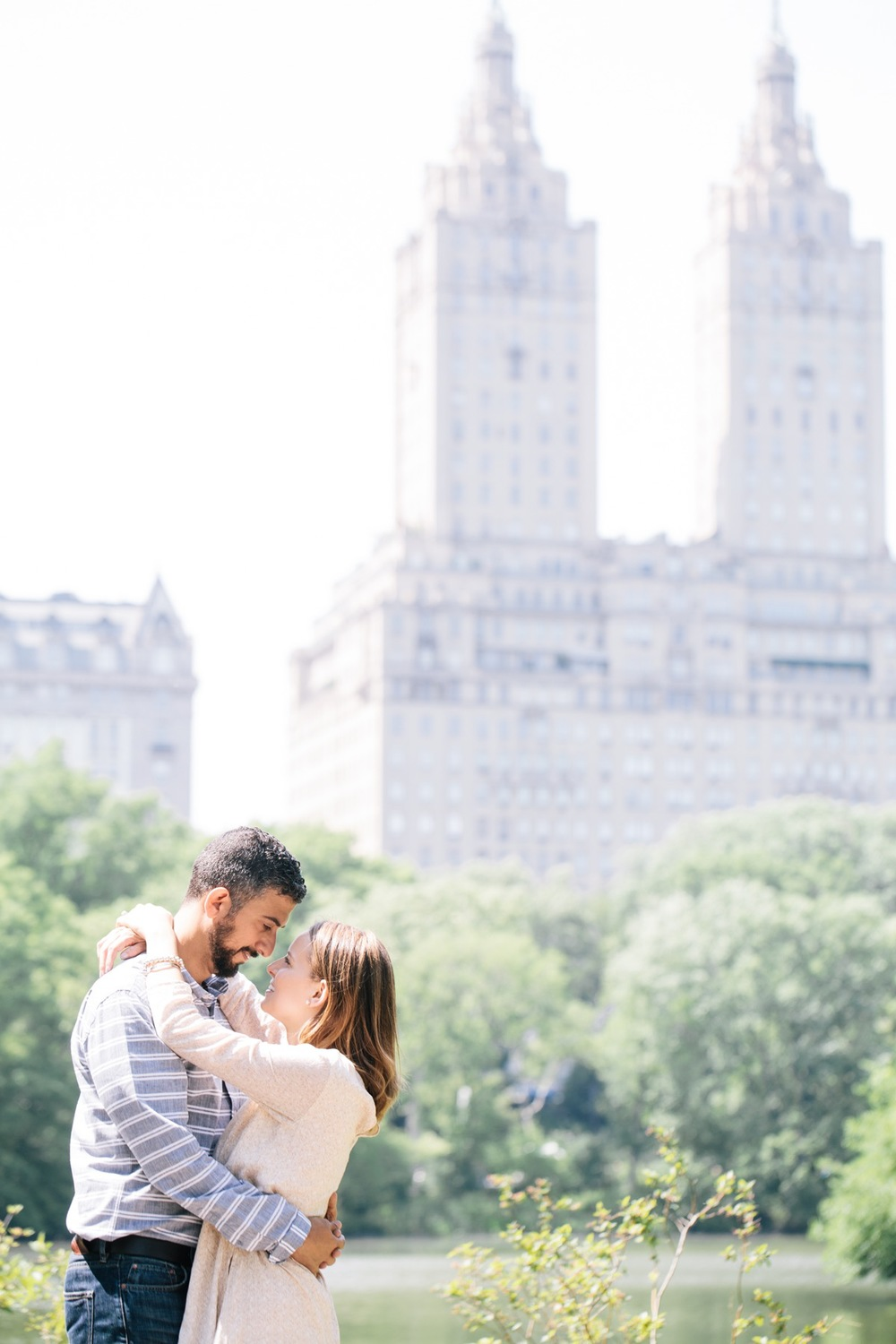 romantic couple in Central Park New York City