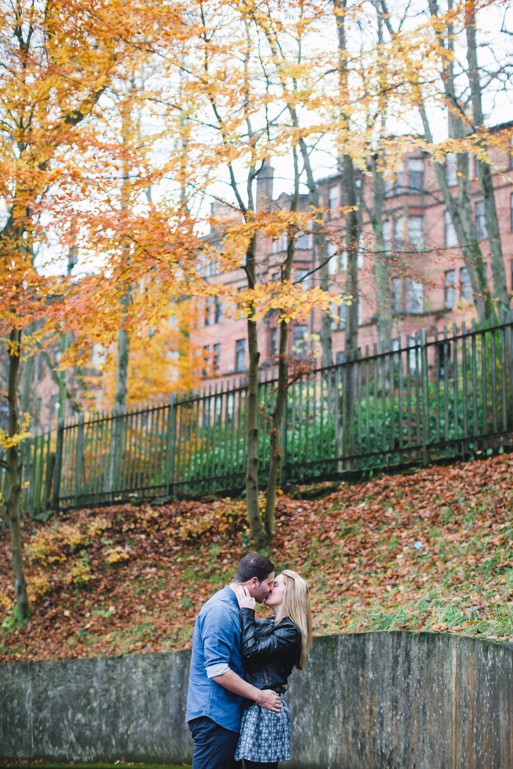 Flytographer Vacation Photographer in Glasgow - Chantal & Scott