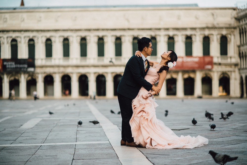 pre-wedding photography Venice flytographer