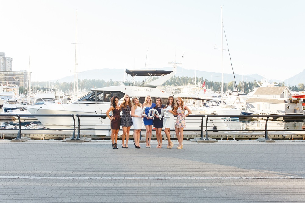 Birthday Celebrations in Vancouver | Vacation Photography   Photographer: Rose Dykstra for Flytographer Click on the image to read the whole story!