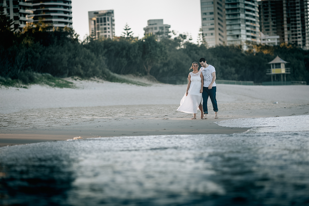 FLYTOGRAPHER Vacation Photographers in Gold Coast - Steve & Keshia
