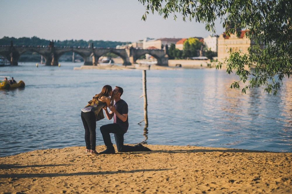 Prague Charles Bridge Proposal | Prague Proposal Photographer