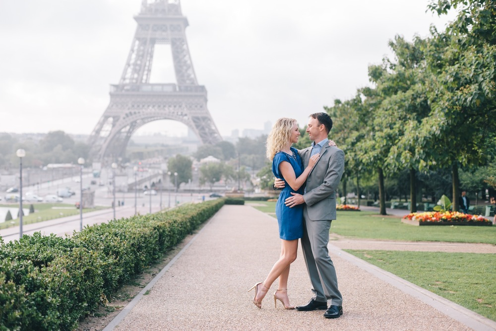 Deployment Farewell in Paris | Paris Vacation Photographer