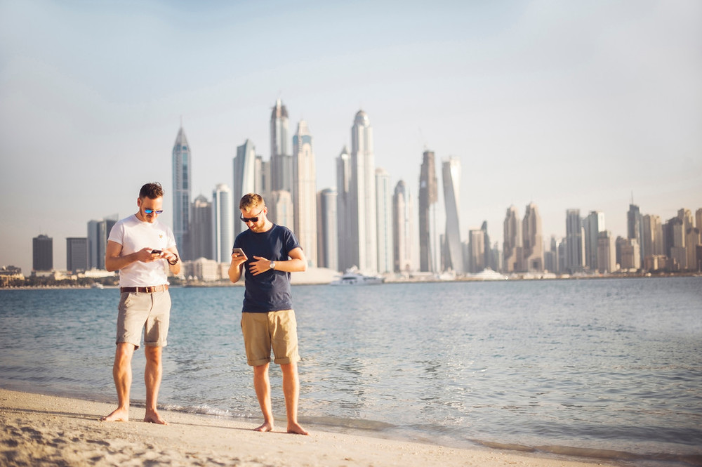 FLYTOGRAPHER  Vacation Photographer in Dubai - Abbi