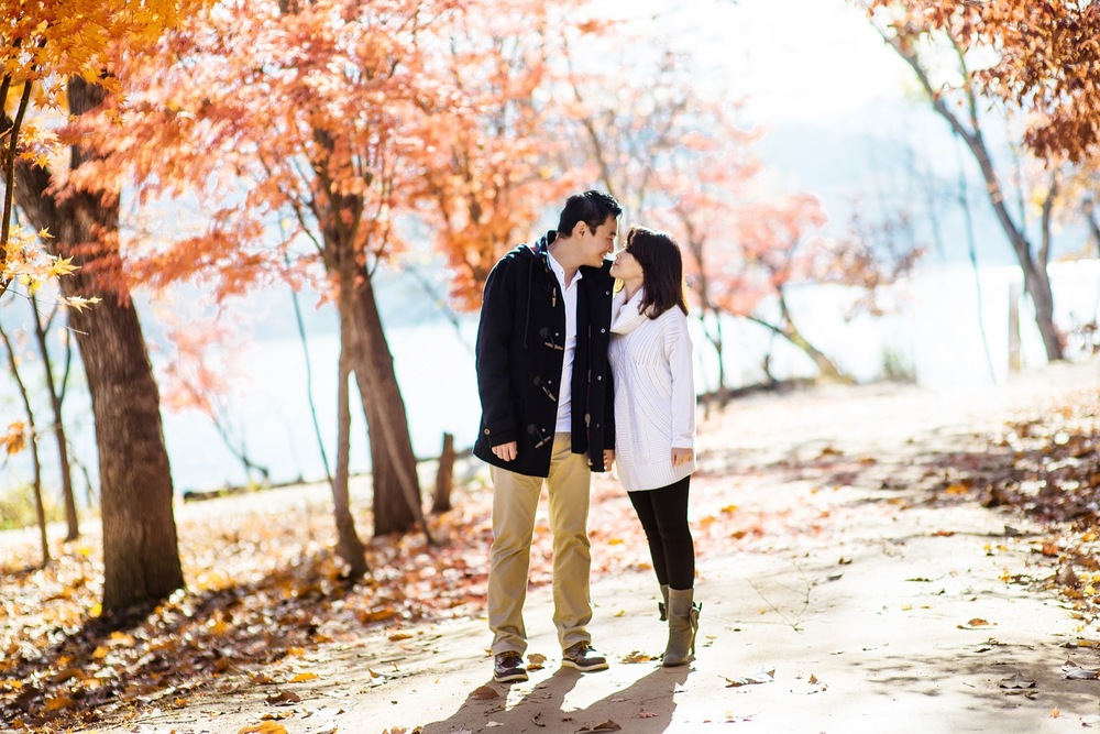 Romantic Couples Photo Shoot in Seoul | Seoul Vacation Photographer