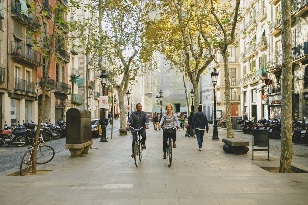 Bicycling through Barcelona | Barcelona Vacation Photographer