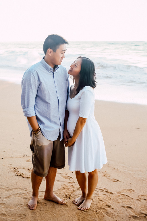 Hawaii Beach Babymoon Vacation Photographer Maui Flytographer