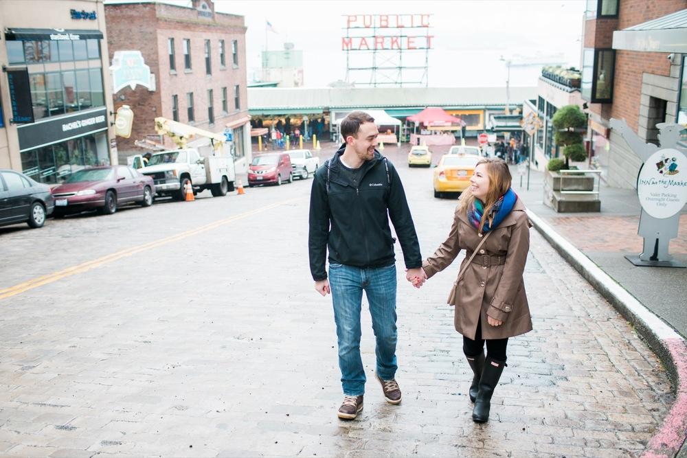 Pike Street Market Surprise Proposal | Seattle Proposal Photographer