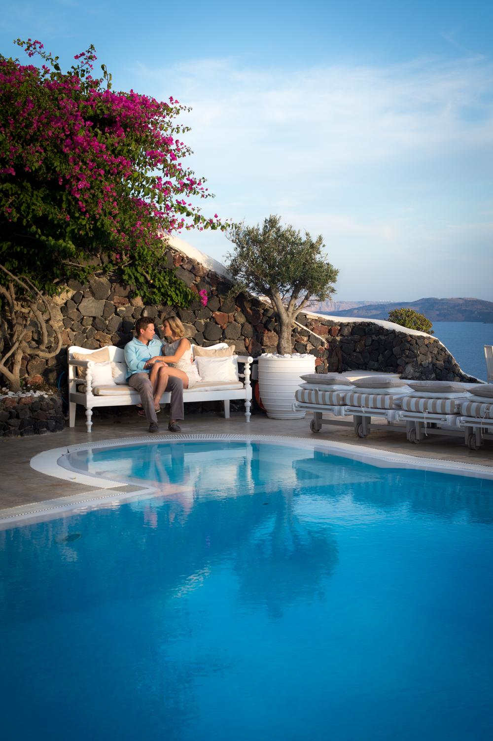 Flytographer: Nikos in Santorini