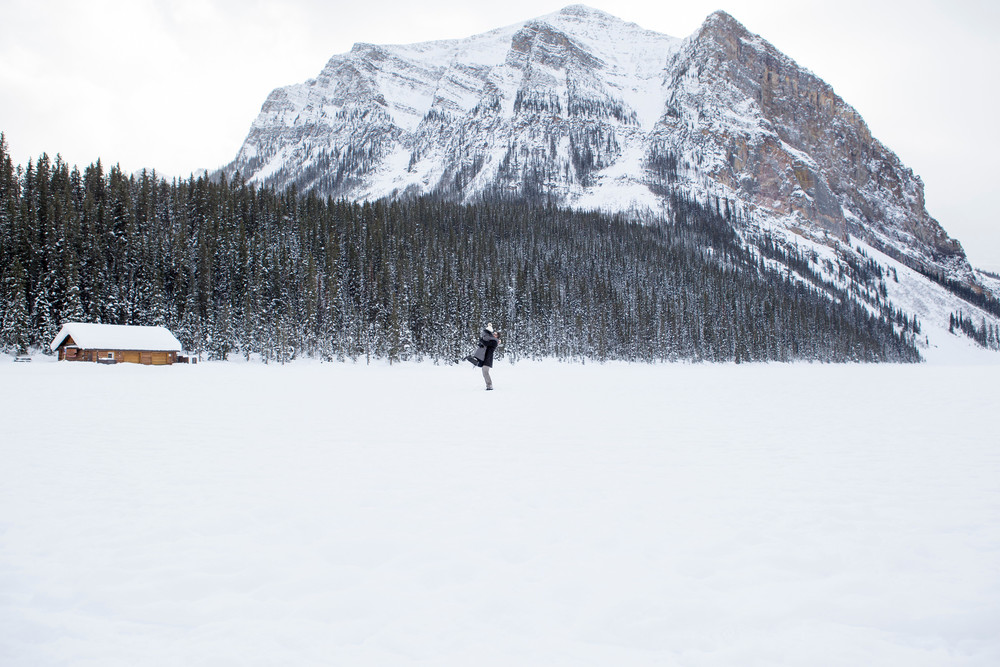 YOUR VACATION PHOTOGRAPHER IN BANFF: MEET TRACY