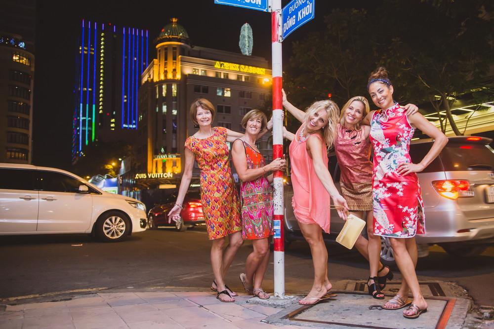 FLYTOGRAPHER | Your Saigon Vacation Photographer - Peggy