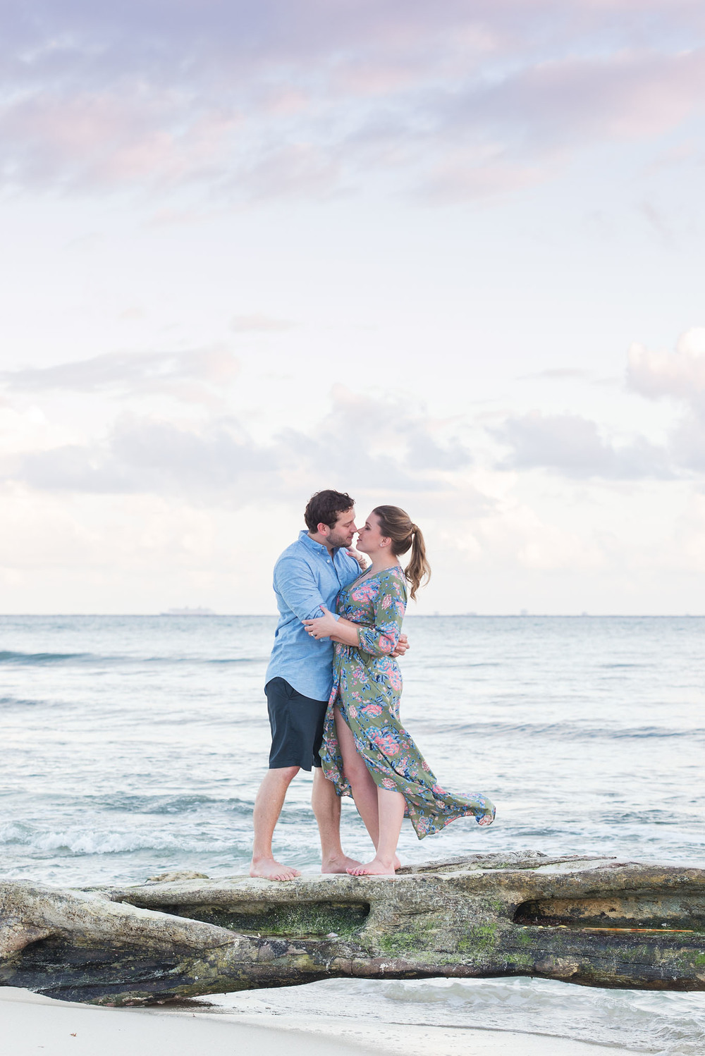 FLYTOGRAPHER Vacation Photographer in Playa del Carmen - Misti