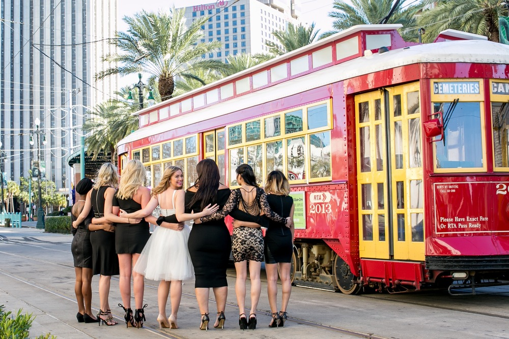 A Sparkling Bachelorette Celebration in New Orleans | New Orleans Vacation Photographer