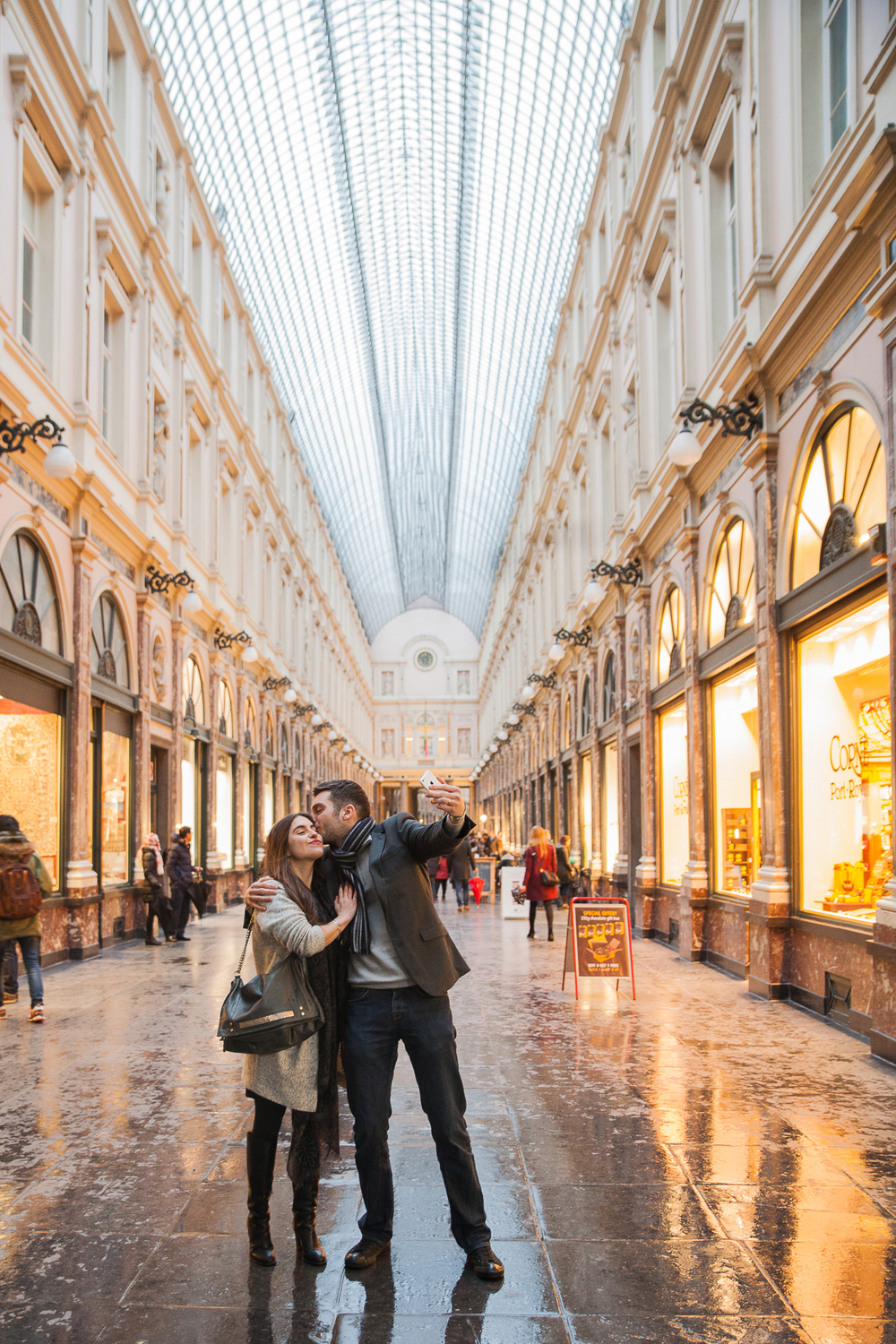 FLYTOGRAPHER Vacation Photographer in Brussels - Sophie