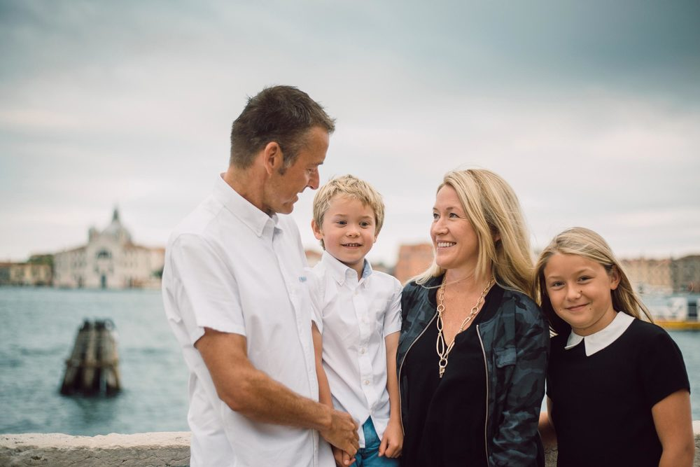 flytographer-travel-europe-family-kids