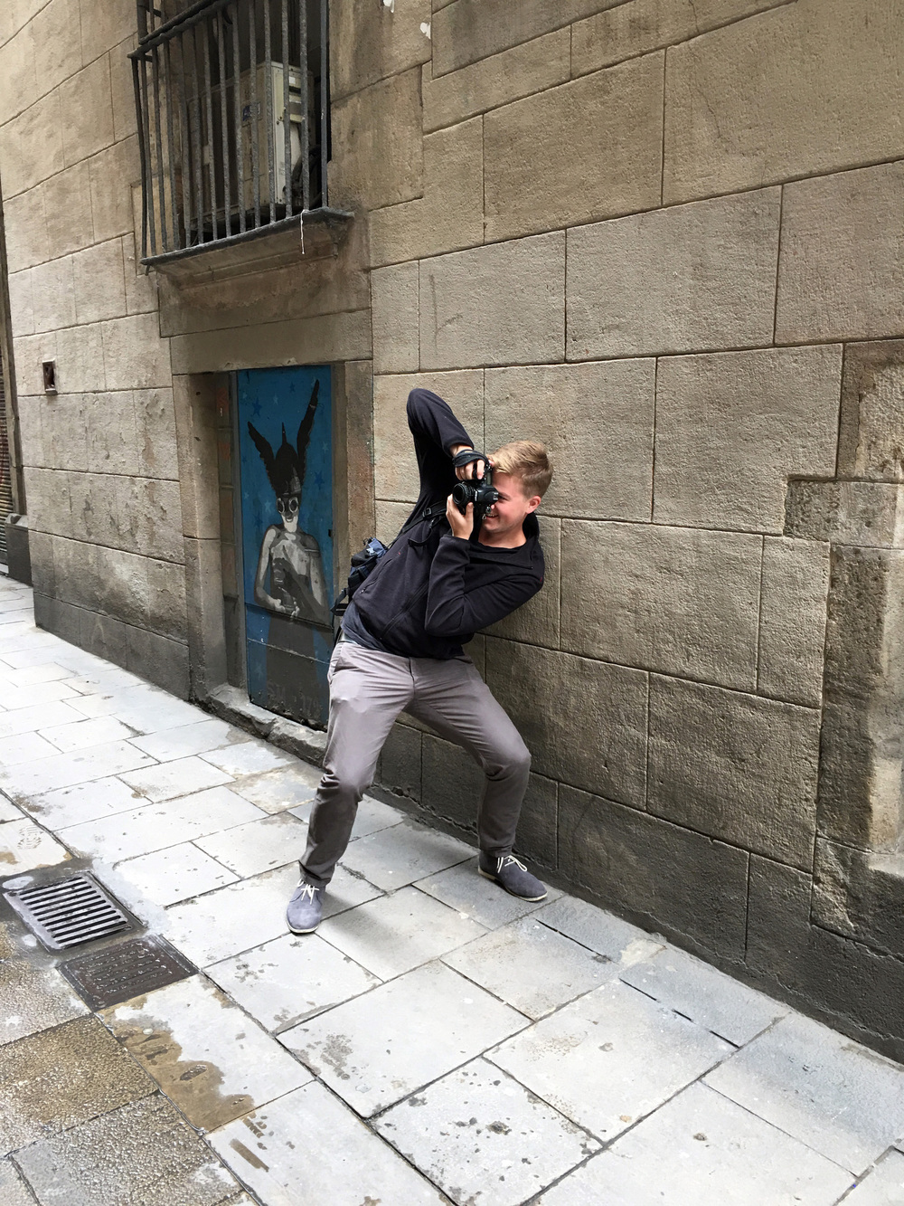 Francisco in shooting mode in the Gothic Quarter. Captured by Michelle