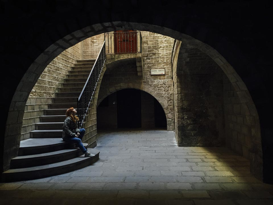A glimpse of light in the Gothic Quarter. Captured by Roberta
