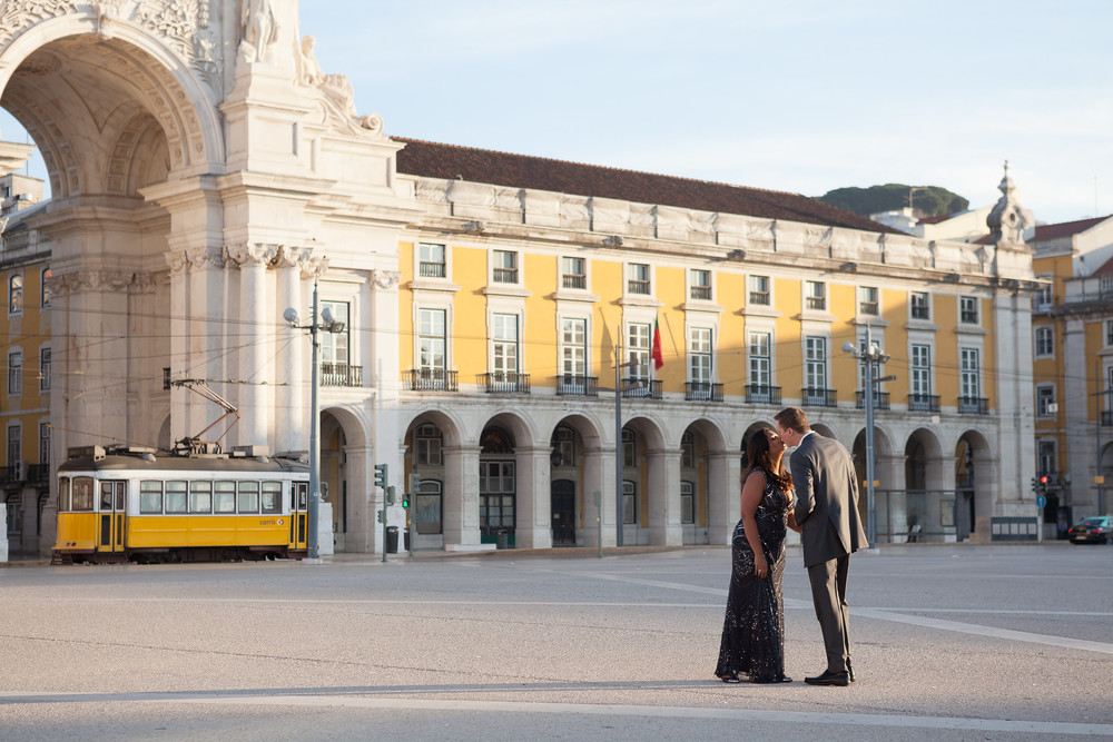 Flytographer vacation photographer in Lisbon - Goncalo