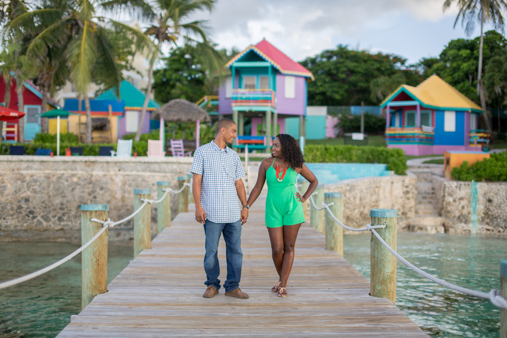 FLYTOGRAPHER Vacation Photographers in Nassau - Eli & Eboni