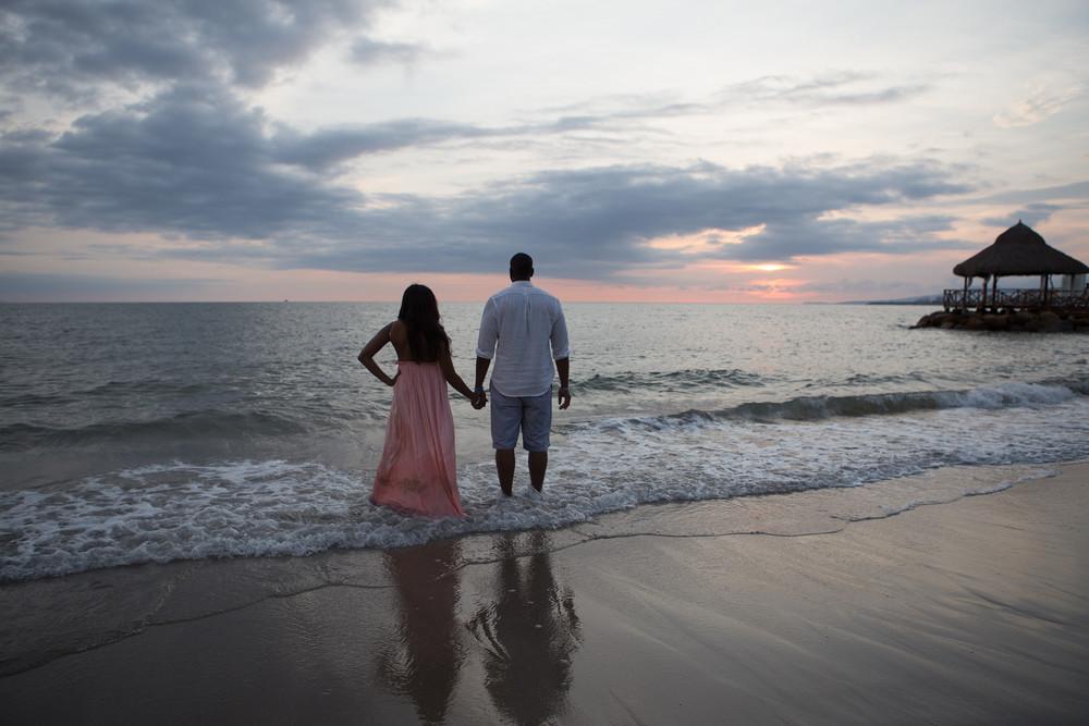 FLYTOGRAPHER Vacation Photographer in Puerto Vallarta - Spencer
