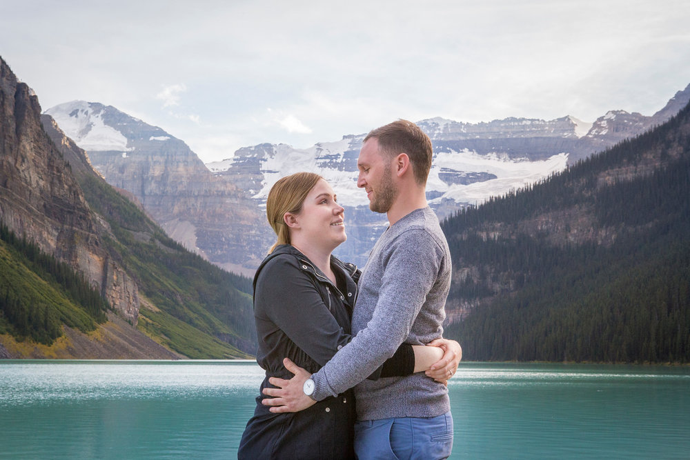 Flytographer - Vacation Photographer in Calgary - Tracy
