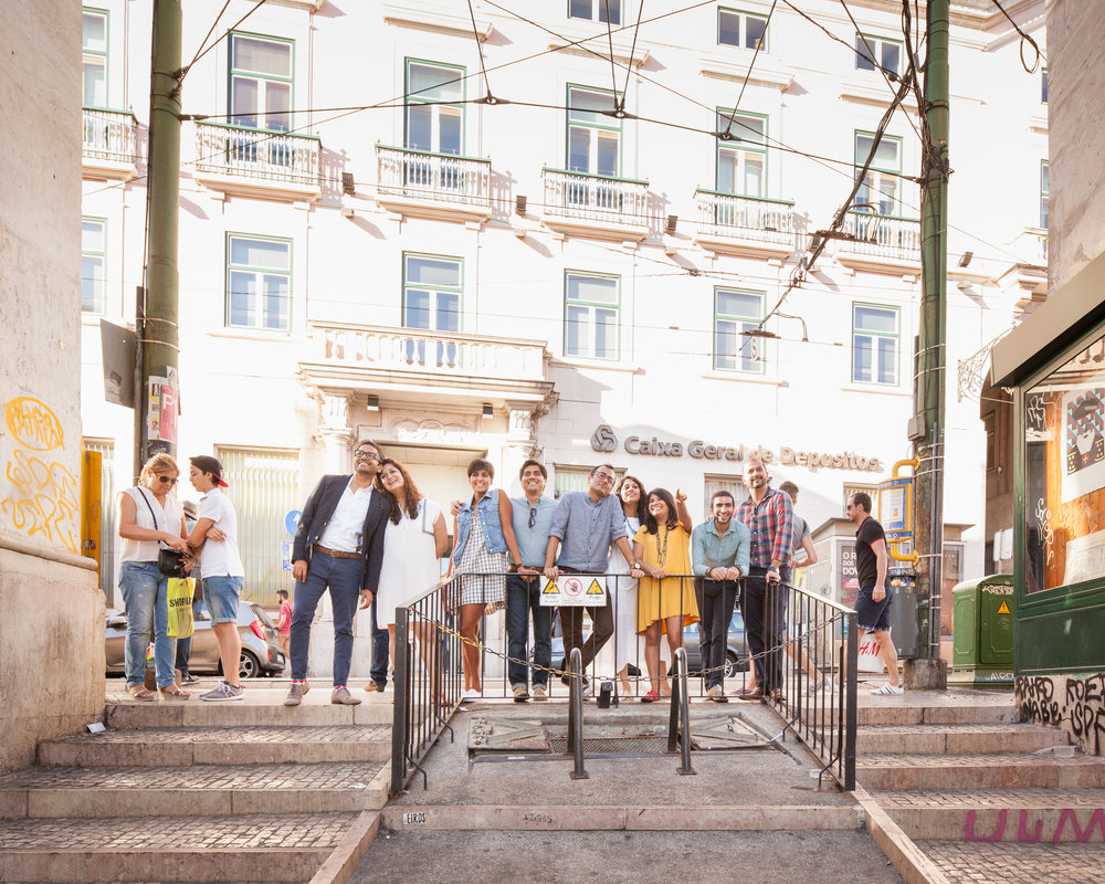 lisbon.vacation.photographer.friends.travel