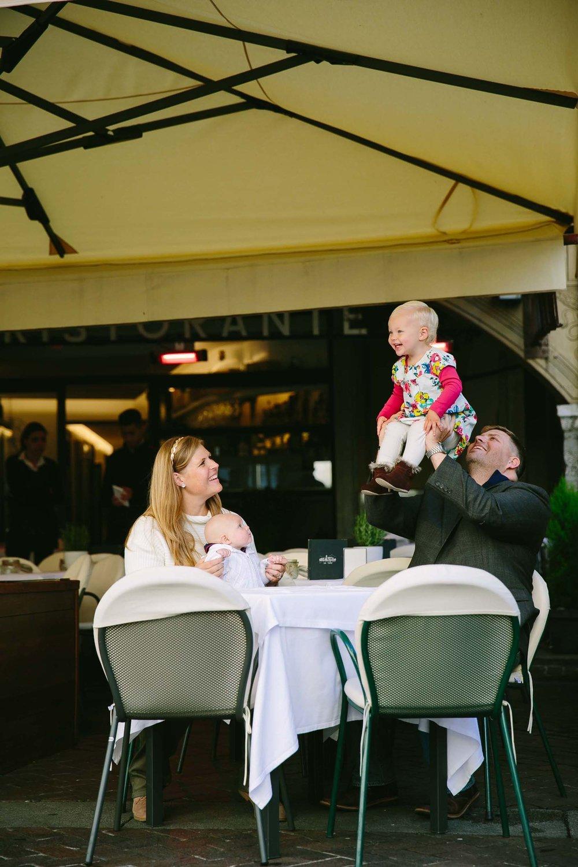 Lake Como family photographer