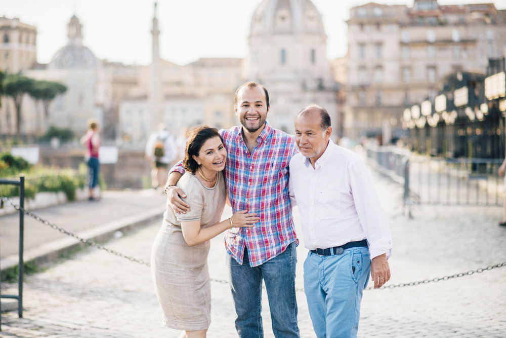rome vacation photographer family flytographer