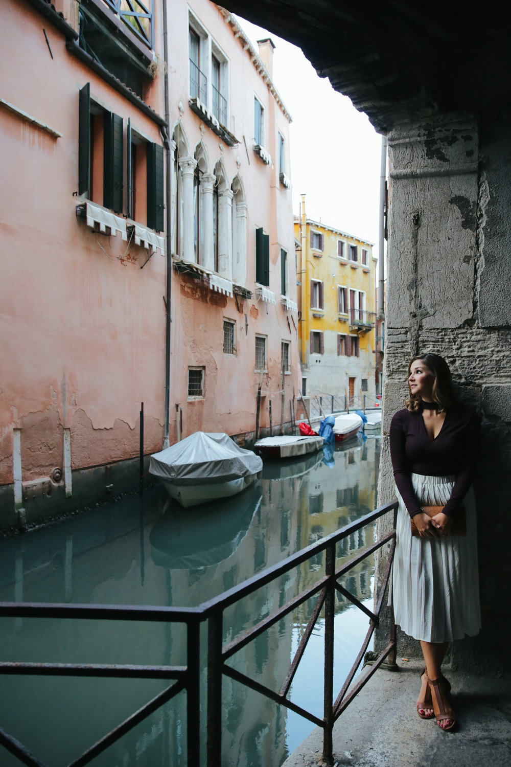 venice vacation photographer solo travel flytographer